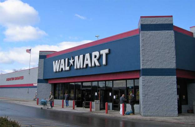 Wal-Mart is gearing up to take away Amazon's Market Share
