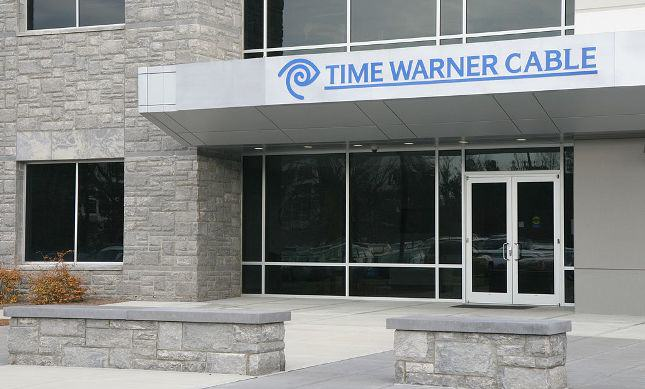 Time Warner Cable Offers Mixed Numbers, Promising Guidance
